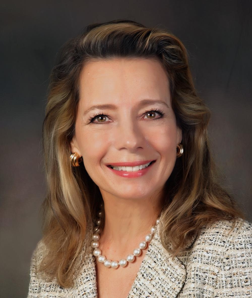 Lynn Hoffman Net Worth